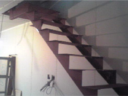 階段の補修工事