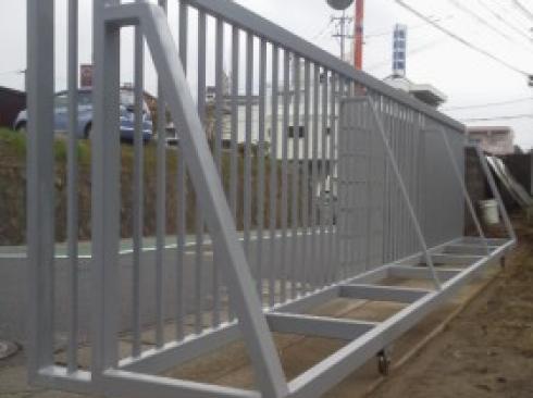 門扉の補修工事